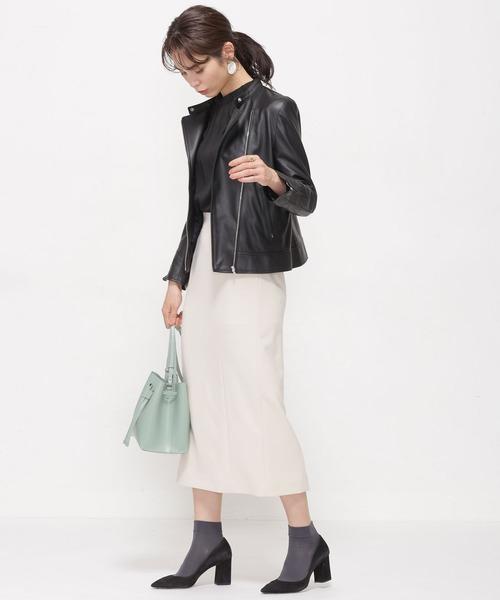 大人かっこいい服装◎ライダース×白スカート