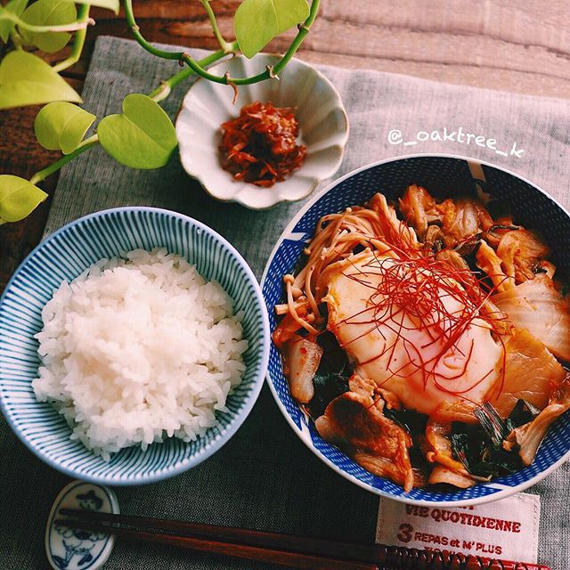 キムチ鍋の残り物で簡単ごった煮アレンジ