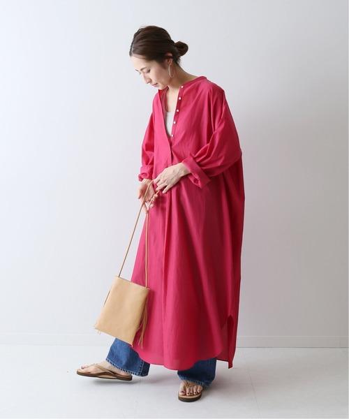 簡約風鮮豔寬鬆長版連身裙