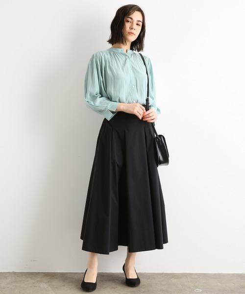 ブルー系ブラウス×ボックスプリーツスカート