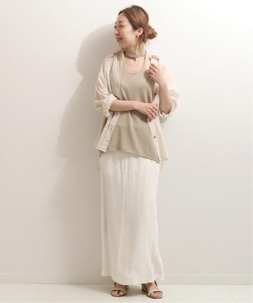 シンプルシャツ×ラップロングスカート