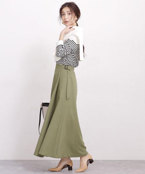 ラップ風スカートのマリンコーデ