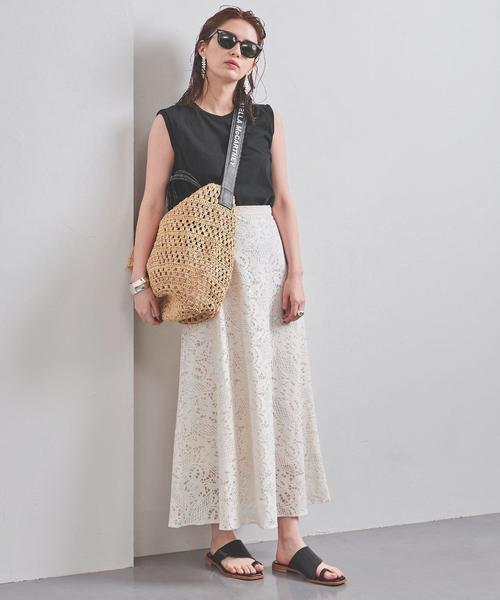 夏のモノトーンコーデ《スカートスタイル》