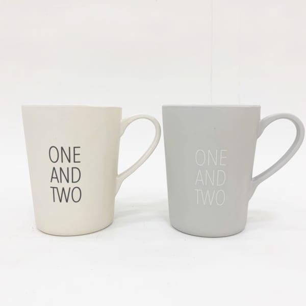 デザインレターズ風のマグカップ