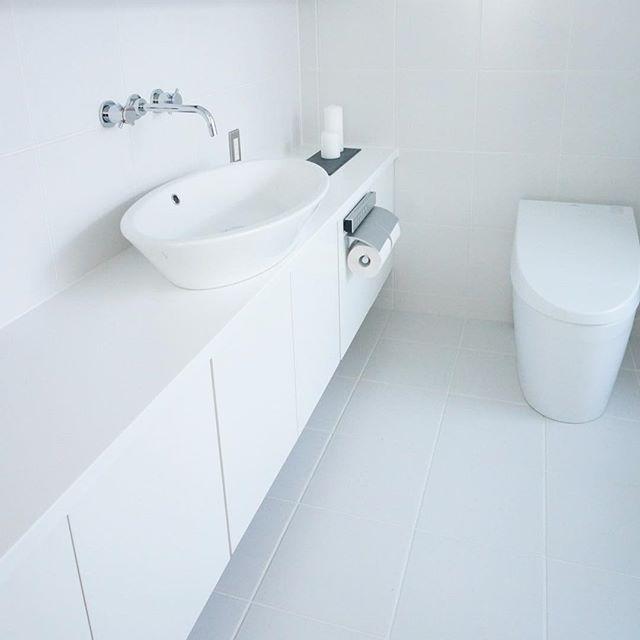 トイレ シンプル インテリア