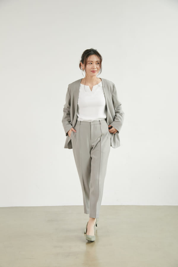 大人女性のオフィスカジュアルの服装3