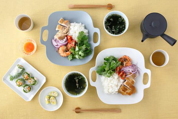 イイホシユミコさんの食器4