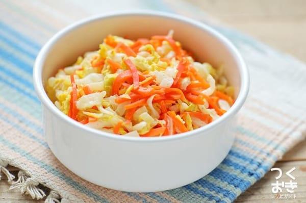 エビチリのメニュー!白菜と人参の和風マヨサラダ