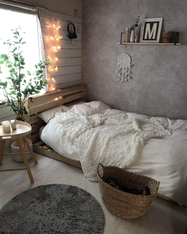 塩系のかっこいい寝室