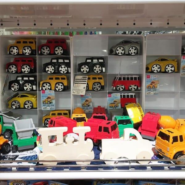乗り物おもちゃ各種/ダイソー2