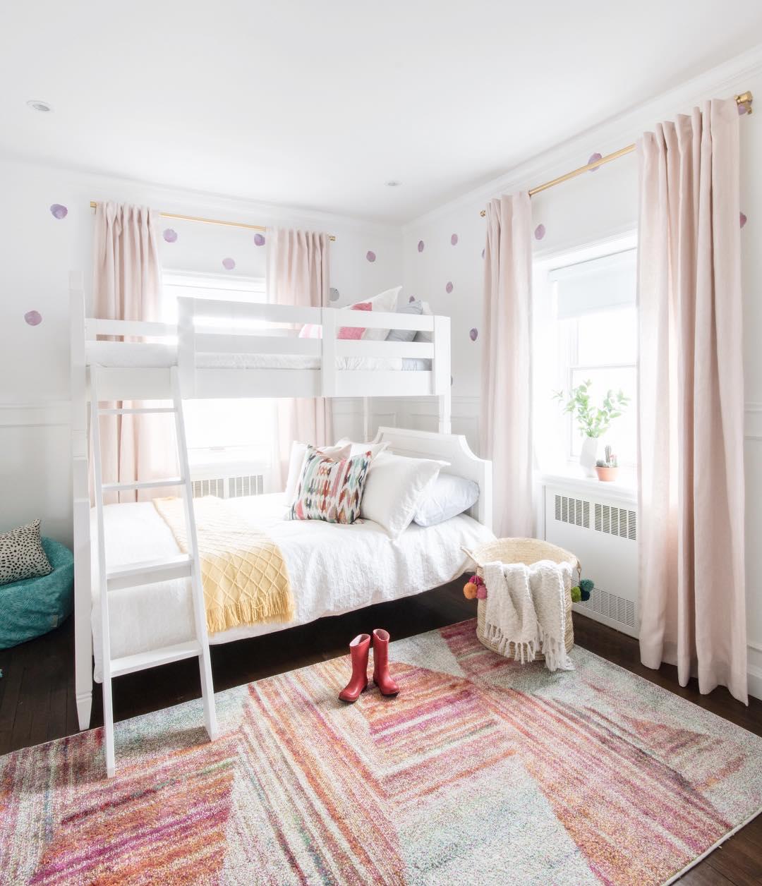 子供部屋の寝室7