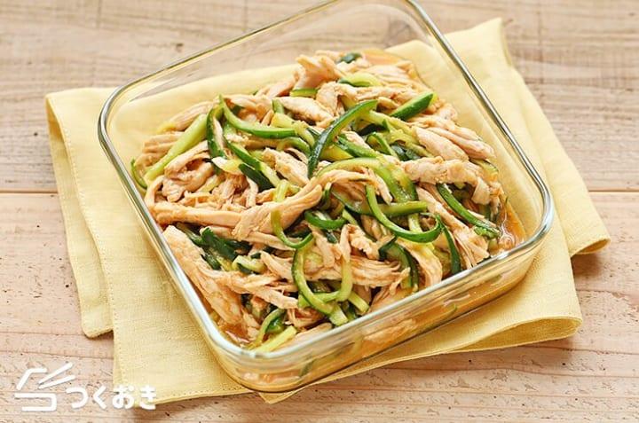 人気のおつまみ料理!簡単な蒸し鶏きゅうり