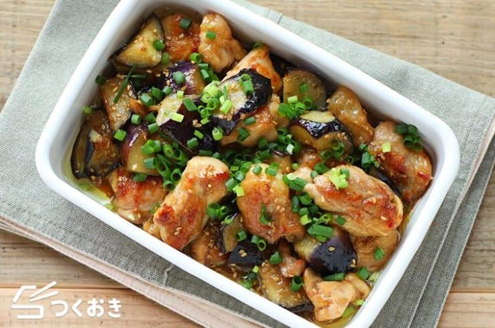 作り置きで常備菜に!鶏肉と茄子の生姜炒め