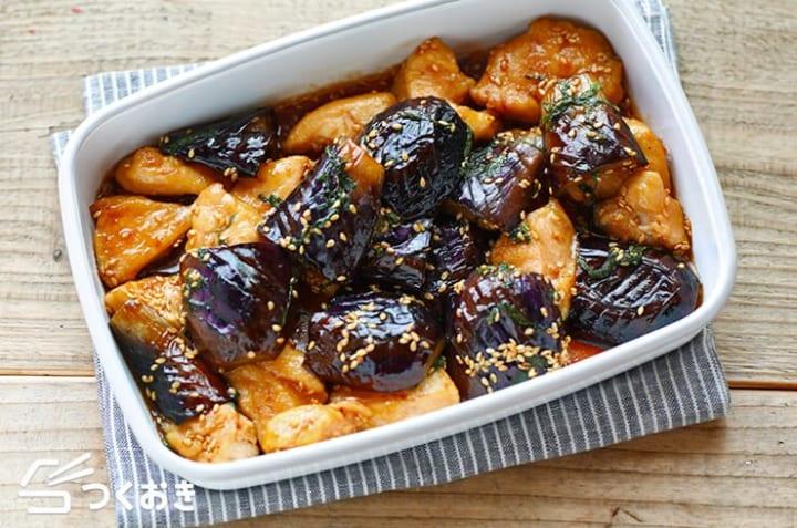 作り置きのおかずに!鶏むね肉と茄子の甘酢炒め