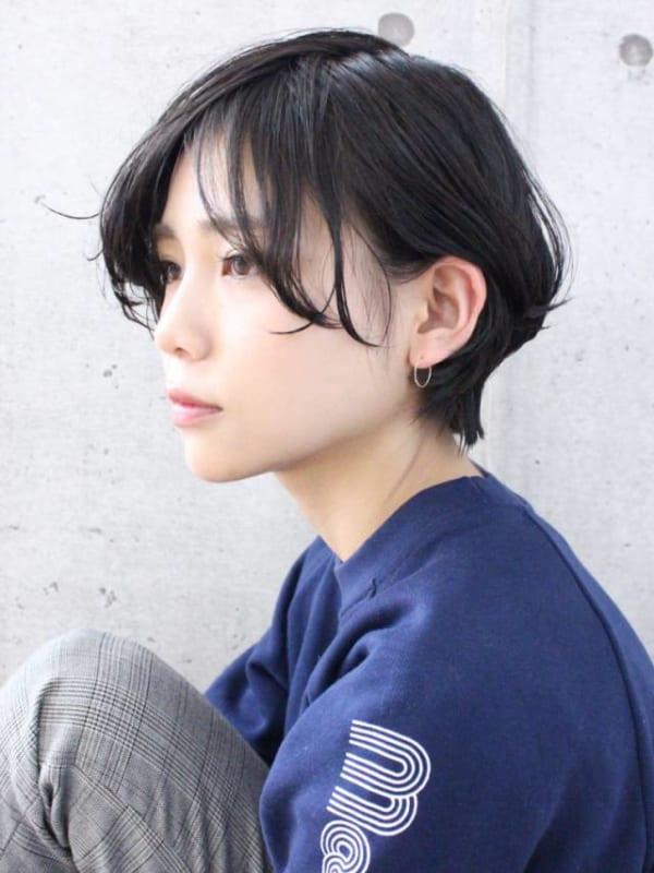 夏に人気の黒髪×ショートヘア5