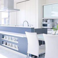 キッチン前のカウンターを最大限に活用しよう!素敵な収納&活用アイデア