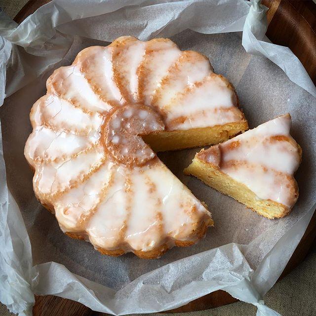 誕生日ケーキに!オレンジピール入りのサワーケーキ
