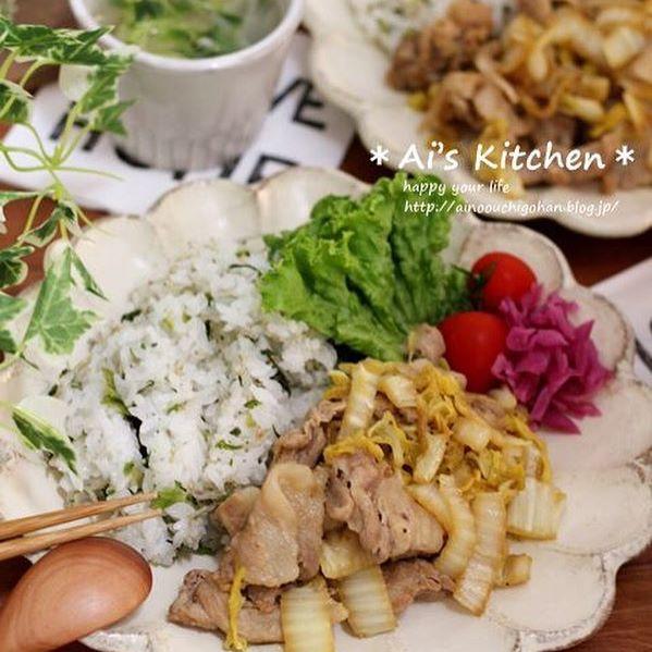 作り置きできるレシピ!豚肉と白菜のバタポン炒め