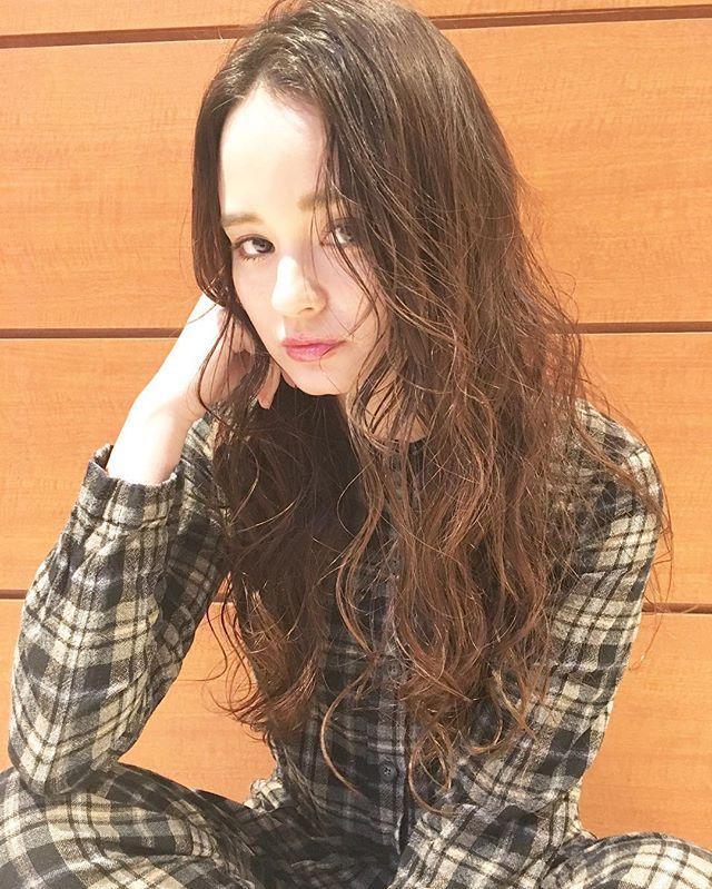 かきあげ前髪×カジュアルロング