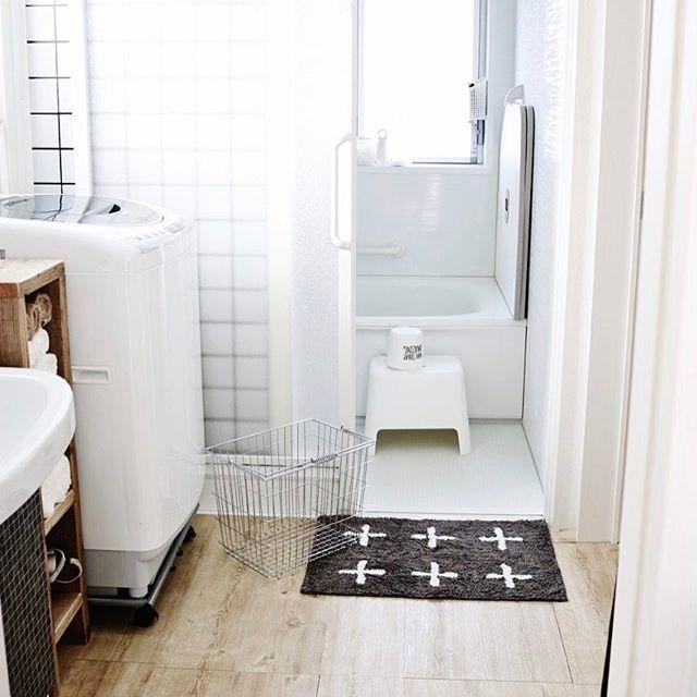 壁紙や床のデザインに合わせて選ぶ