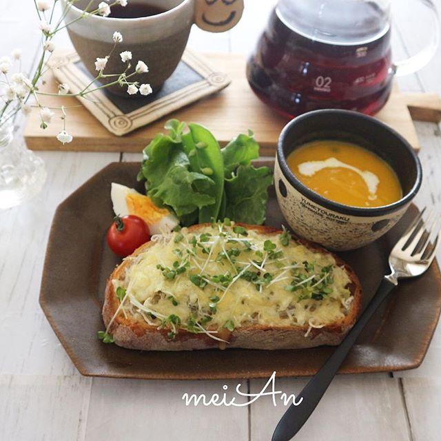 洋風の簡単なレシピに!しらすチーズトースト