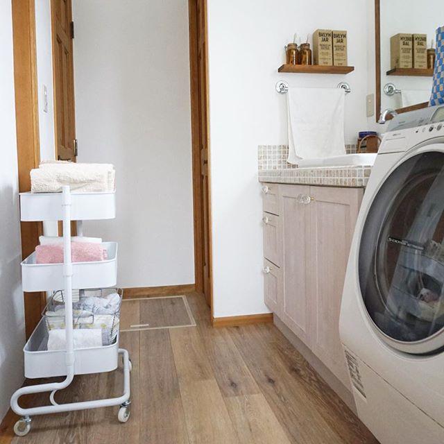 洗面所 タオル収納10