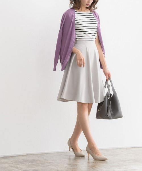 [Pierrot] ふんわり360°美人ミドル丈フレアスカート