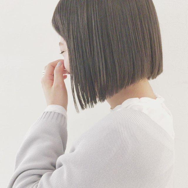 ボブ 切り 前髪 あり っ ぱなし 切りっぱなしボブのスタイリング方法!アイロン&コテを使った簡単セット5つ♡