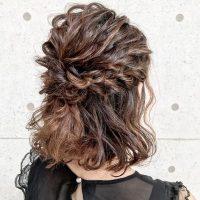 花嫁の髪型はハーフアップがおすすめ♡大人の華やかなウェディングヘアスタイル集