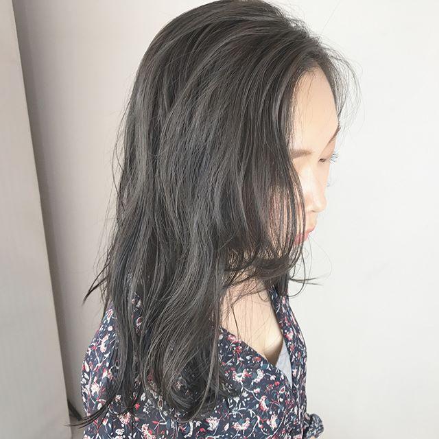 かきあげ前髪×ツヤツヤロング