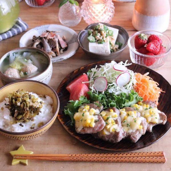 洋食に簡単レシピ!豚ヒレ肉のコーンチーズ焼き