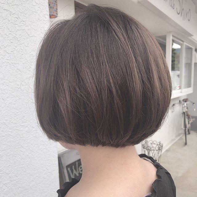 切りっぱなしショートボブ×黒髪・暗髪4