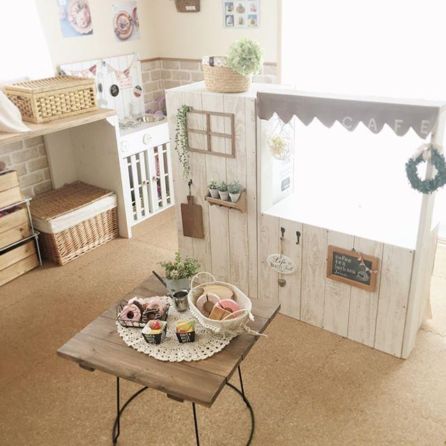 小学生の女の子のおしゃれ子供部屋《カフェ》