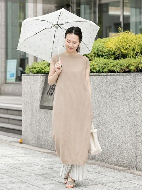 40代夏の雨の日コーデ【ワンピース】2