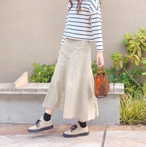 【ZARAetc.】のおしゃれなスカートを特集♪大人女子にぴったりなシンプルコーデ