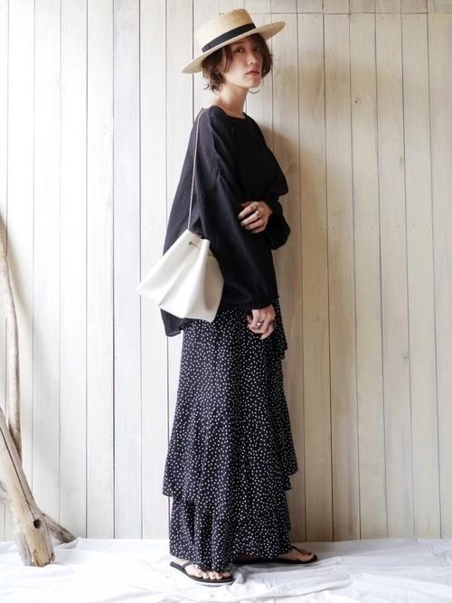 バルーン袖ブラウス×ドット柄マキシスカート