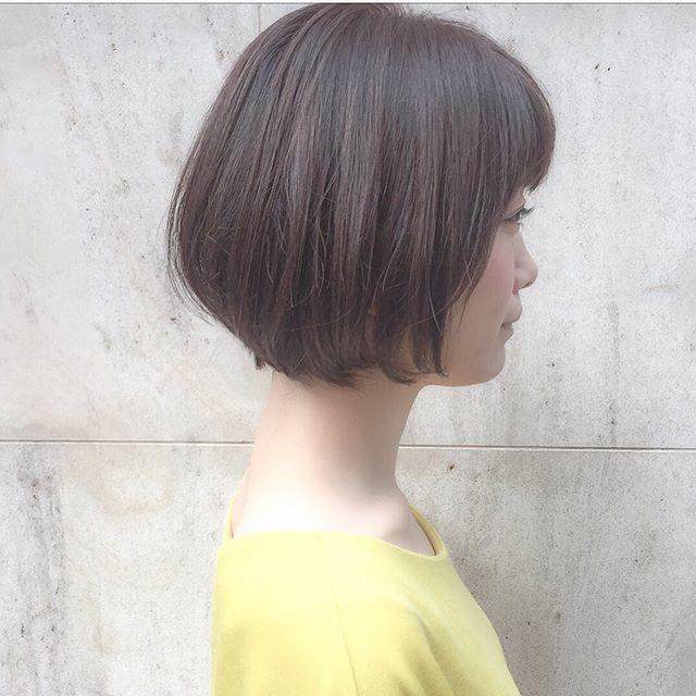ボブスタイルに似合う夏のトレンドヘアカラー《グレージュ》5