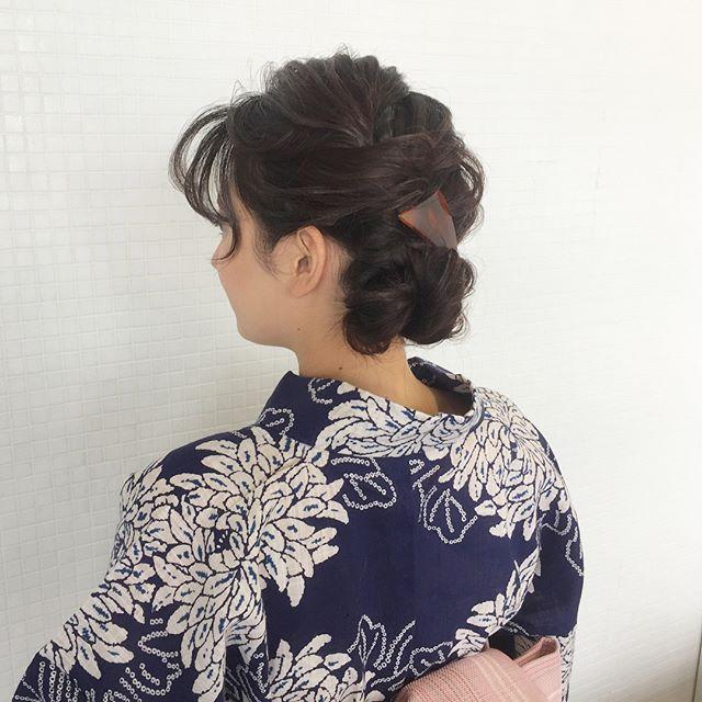 お祭りに似合う髪型【ロング×お団子】3