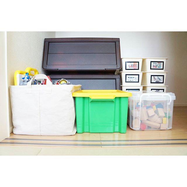 子供部屋のクローゼットは100均収納が活躍