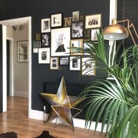 「壁」でワンランク上のお部屋に!壁面デコレーションのレイアウト方法