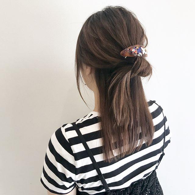 黒髪ロングヘア×ハーフアップアレンジ2