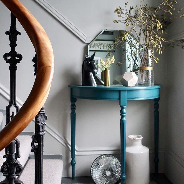 ブルー インテリア 家具
