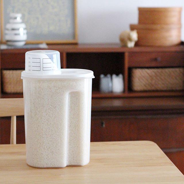 お米の鮮度を保つ冷蔵庫用米保存容器