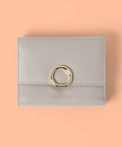 リングチャーム二つ折り財布