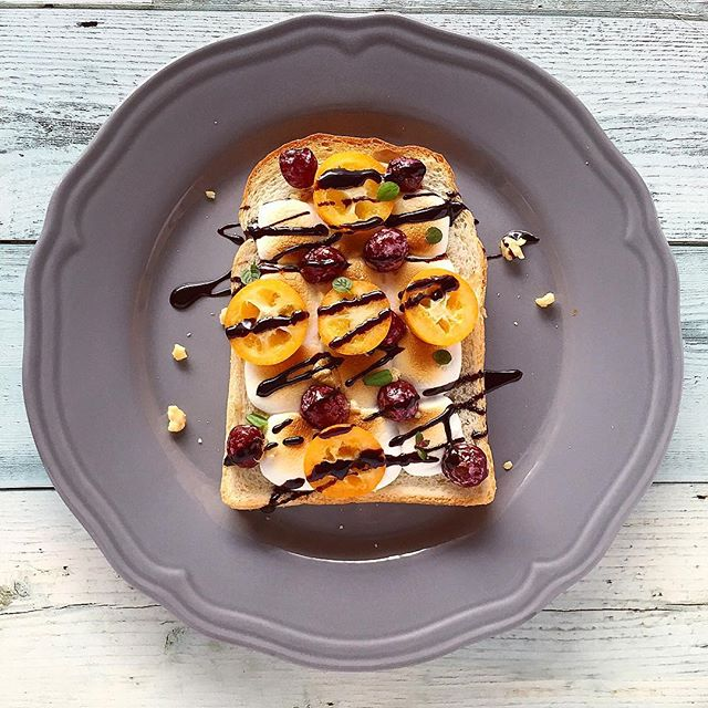 マシュマロチョコの甘いトースト