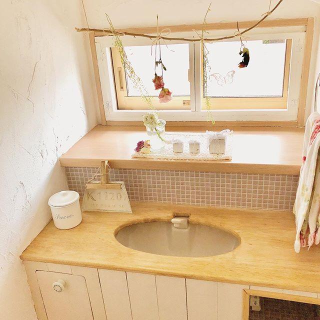 トイレのおしゃれなDIYアイデア《ドライフラワー・スワッグ》3