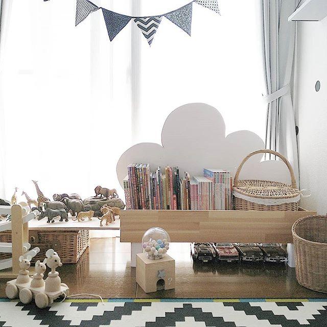 子供が喜ぶ絵本棚をDIYするアイデア
