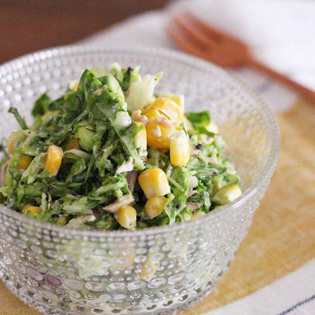 簡単なレシピに!ゆかりでコールスローサラダ