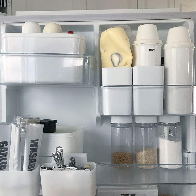 冷蔵庫ドアポケットの収納アイデア《ダイソー》