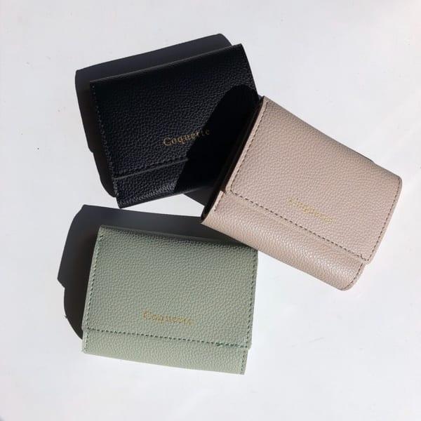 トレンドのミニ財布